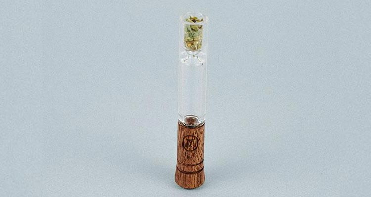 marley-naturals_small-taster-one-hitter_2
