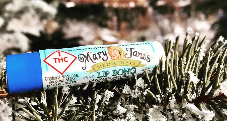 mary-janes-medicinals_lip-bong_2